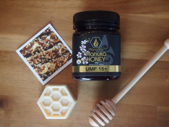 Awanui, New Zealand: Mana Kai Honey UMF 15+ Manuka Honey