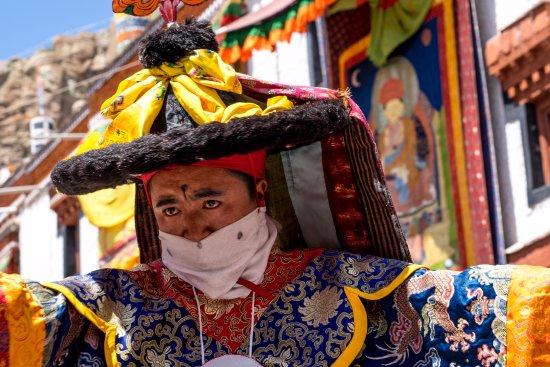 Ju-Leh Adventure: Hemis festival
