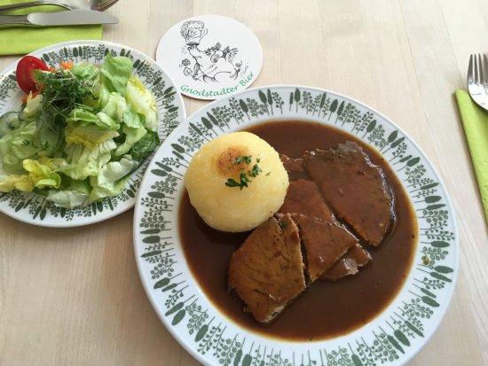 Marktbreit, Almanya: Der Sauerbraten