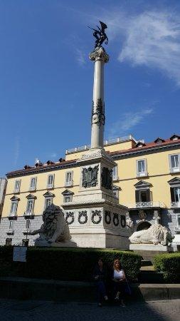 Monumento ai Martiri Napoletani