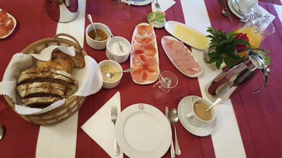 Alenquer, Portugal: Pequeno Almoço