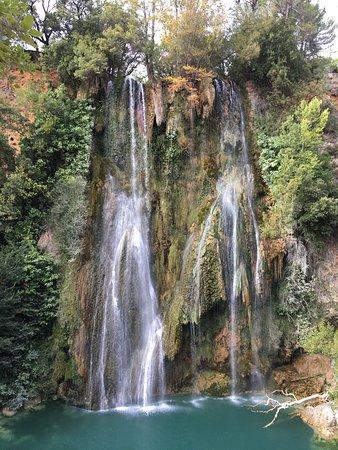 Sillans-la-Cascade, Fransa: photo0.jpg