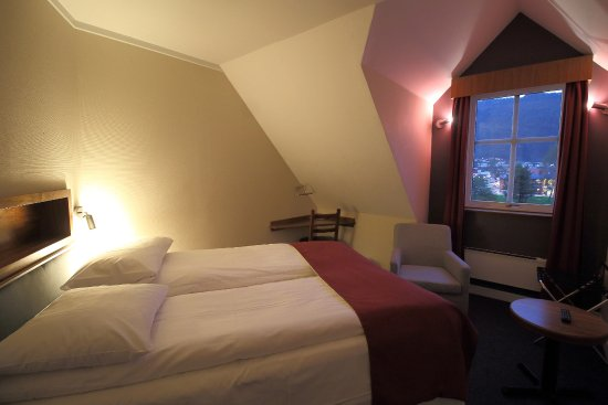 Thon Hotel Forde Photo