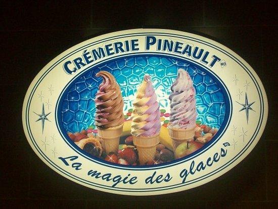 Blainville, Canada: Crèmerie Pineault