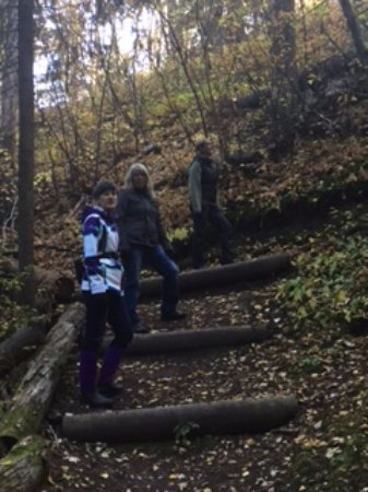 Prince George, Kanada: An autumn hike, some stairs.