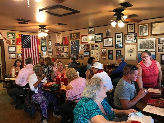 Sebring, فلوريدا: Ga;ati's main dining room