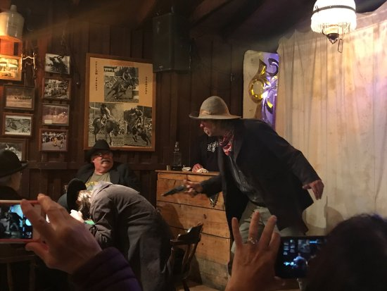 Saloon #10 American Whiskey Bar : photo0.jpg