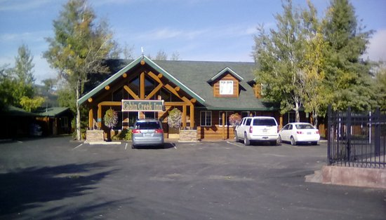 Thayne, WY: Cabin Creek Inn