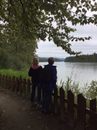 Prince George, Canada: Looking at the river during the 0.6 km walk