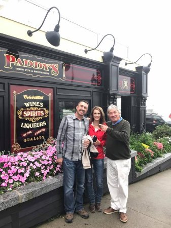 Paddy's Irish Pub and Restaurant: Such a cute pub! Thanks Missy for your kindness. :)