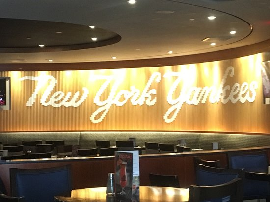 Hard Rock Cafe Yankee Stadium Reviews