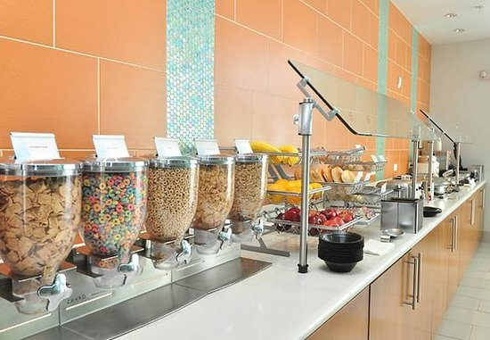 Baytown, Teksas: Breakfast Buffet Area