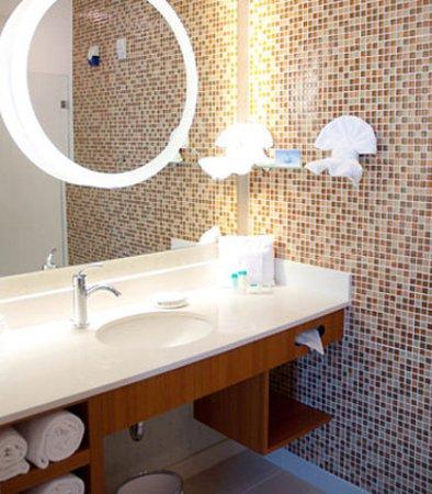 Baytown, Teksas: Guest Bathroom