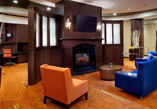 Homestead, Pensilvania: Lobby and Sitting Area