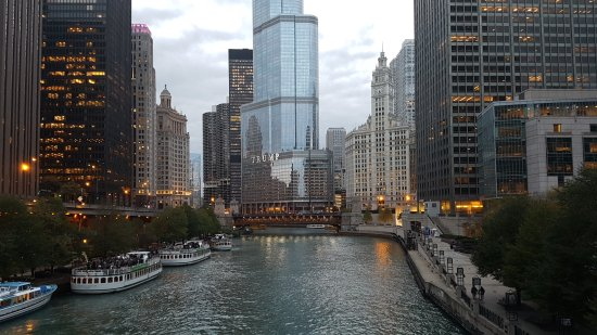 Michigan Avenue Bridge: 20171005_182539_large.jpg