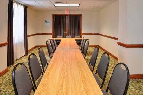 Harrison, AR: Meeting Room