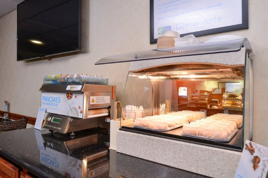 Harrison, AR: Breakfast Bar
