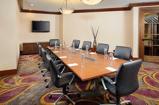 Doubletree by Hilton Anaheim - Orange County: International Center Boardroom