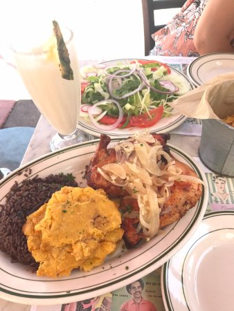 Havana 1957 Cuban Cuisine Espanola Way: Chicken and rice actually tasted good!