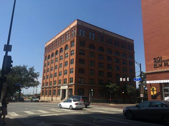 The Sixth Floor Museum/Texas School Book Depository: Photo0