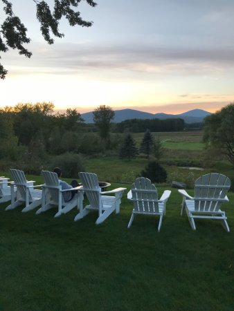 Fryeburg, ME: The views of the backyard and beyond...