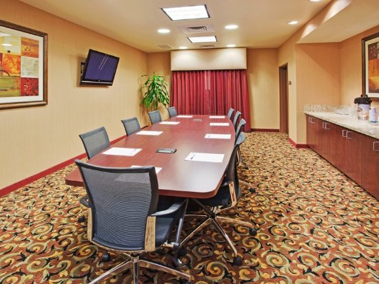Atascadero, CA: Our Boardroom is perfect for meetings