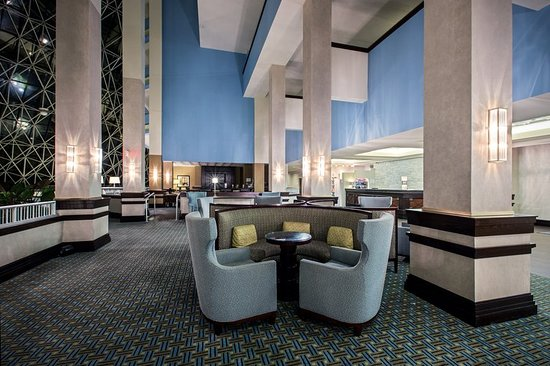 Bridgeton, MO: Hotel Lobby