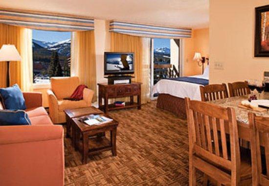 Marriott's Mountain Valley Lodge at Breckenridge: Studio Living Area