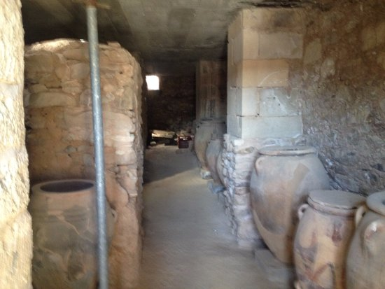 Ancient City of Phaistos depth of underground storage room & depth of underground storage room - Picture of Ancient City of ...
