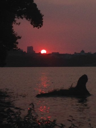 East Lake in Wuhan : Sunset