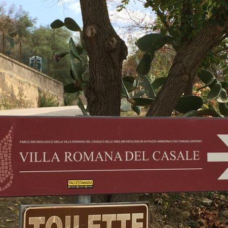 Solarino, Italia: Villa del Casale