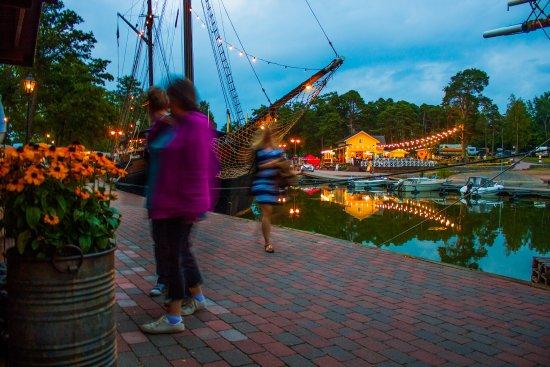 Poroholma Resort & Camping: Tall ship restaurant Marita Captain Jacks