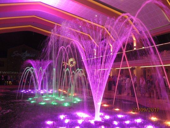 Son Amar: Шоу поющих фонтанов в Сон Амар