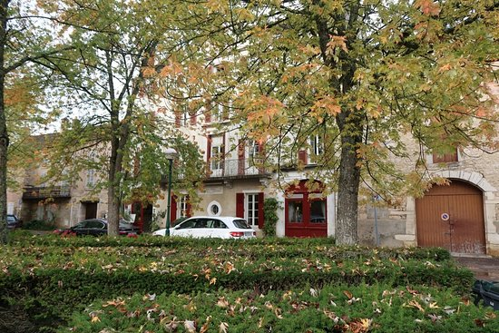 Patio picture of la maison d 39 olivier leflaive puligny - La table d olivier leflaive puligny montrachet ...