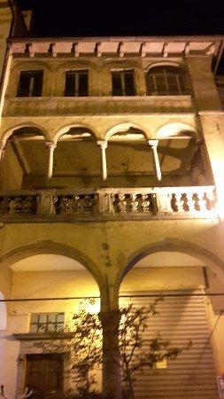 loggia e portici Piazza Mercato