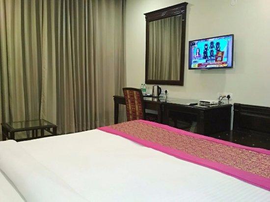 Hotel City Heart Image