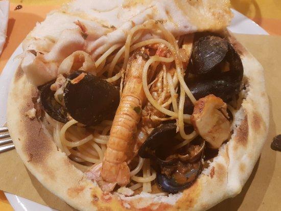 Arluno, Ιταλία: Spaghetti scoglio.