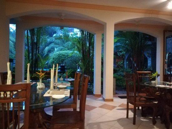 Hotel Bentota Village Photo