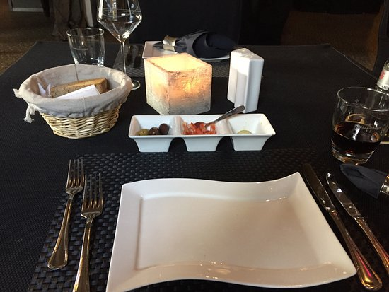 elia mediterane k che m nchengladbach restaurant bewertungen telefonnummer fotos. Black Bedroom Furniture Sets. Home Design Ideas