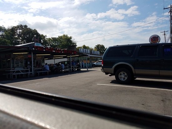 Maryville, TN: Front of Diner