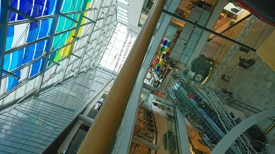 539ff1d0ca72 Budapest - Allee Shopping Center - splendid - Picture of Allee ...