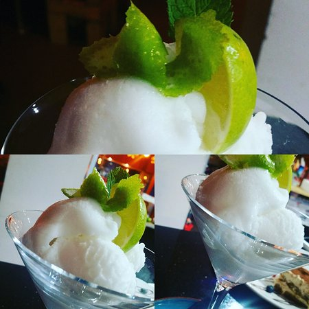 Cleckheaton, UK: Lemon sorbet