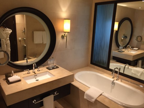 Anantara Eastern Mangroves Hotel & Spa: photo2.jpg