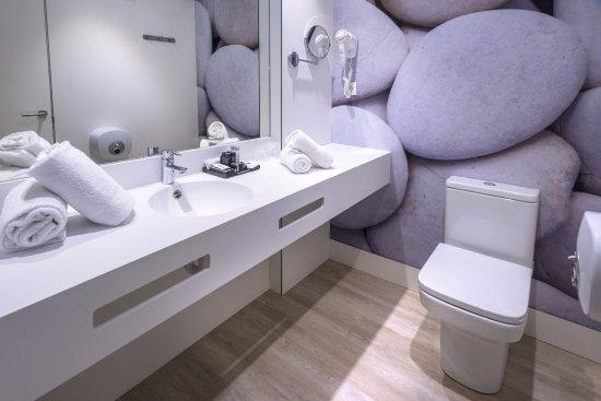 Tahiti Playa Suites: Cuarto de baño