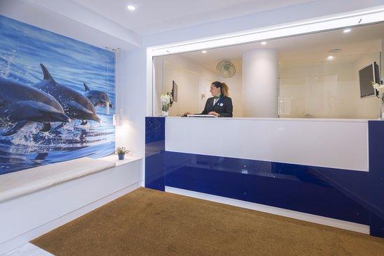 Tahiti Playa Suites: Recepción Suites
