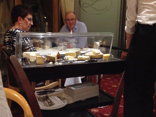 Sevrier, Frankrig: Nagerecht : wij kozen voor kaas, zoveel je wil van de aangeboden kazen