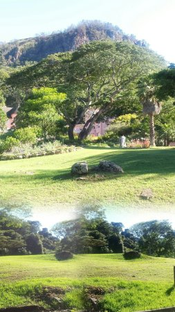 Leopard Rock Hotel: The Leopard Rock hill and gardens