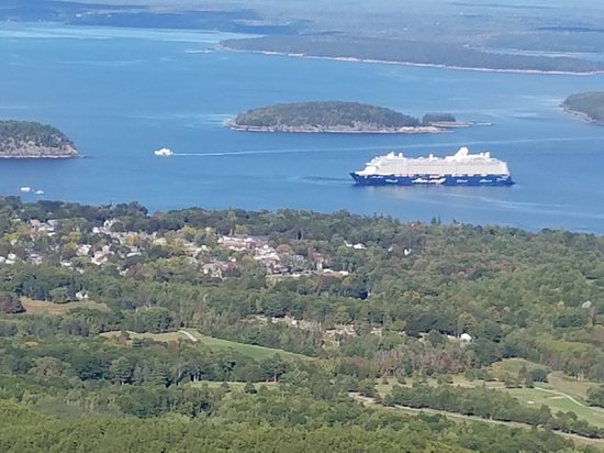 Bar Harbor Cottages and Suites: 20170930_150805_large.jpg