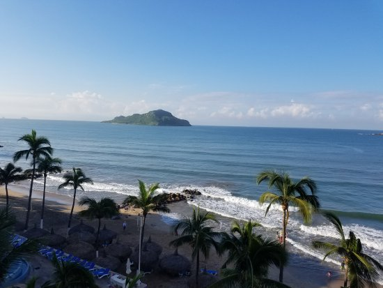 Mazatlan Tours: View from our hotel... Oceano Palace Beach Hotel.