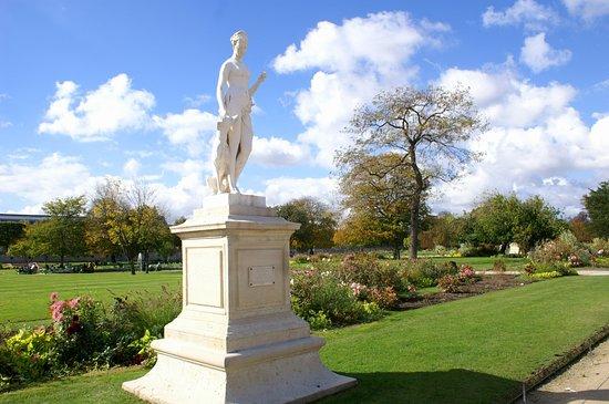Jardin des tuileries picture of jardin des tuileries for Villas de jardin seychelles tripadvisor
